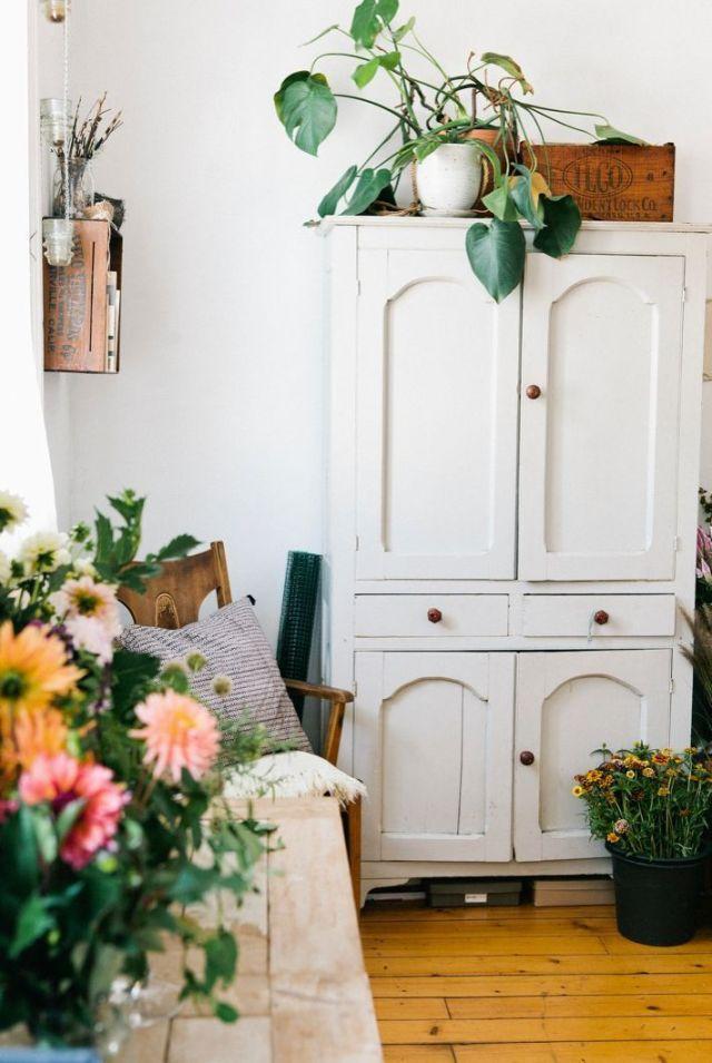 gorgeous-white-armoire